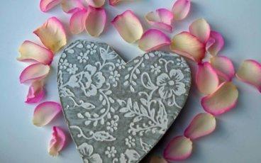 Heart and petals yoga gift card