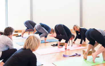 learn headstands at yoga 7 monthly workshop